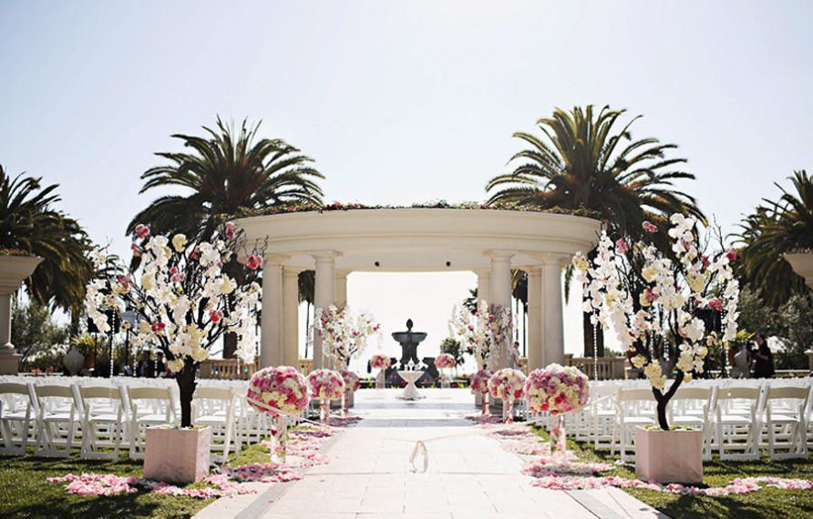 St Regis Monarch Beach Wedding Trista Lerit Pink Nisie S Enchanted