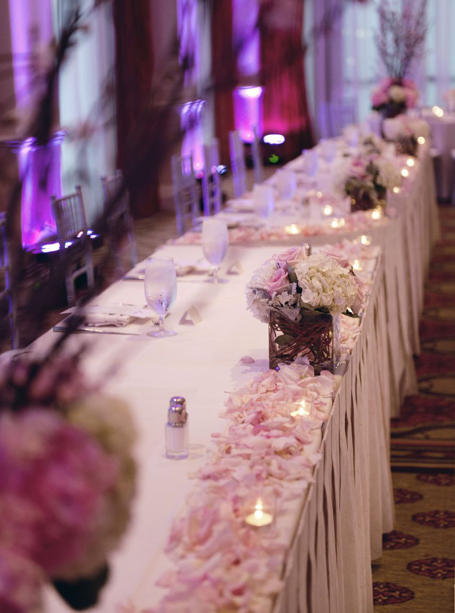 Hyatt huntington beach wedding by john park 20 head table me hyatt huntington beach wedding by john park head table pink and white centerpiece junglespirit Image collections