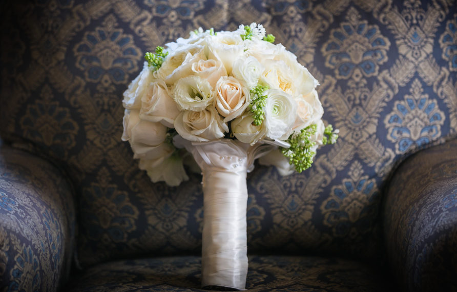 1-millennium-biltmore-wedding-by-chris-of-lin-jirsa_bridal-bouquet-892x594