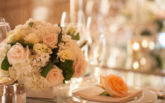 19-pelican-hill-wedding-by-kim-le-reception-details-napkin-treatment-892x594