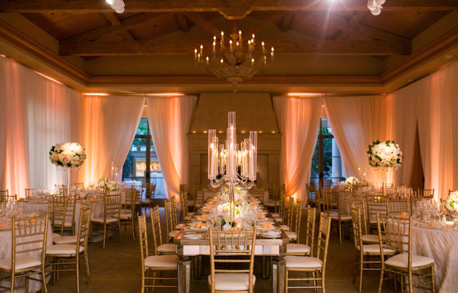 21-pelican-hill-wedding-by-kim-le-reception-details-room-shot-892x594