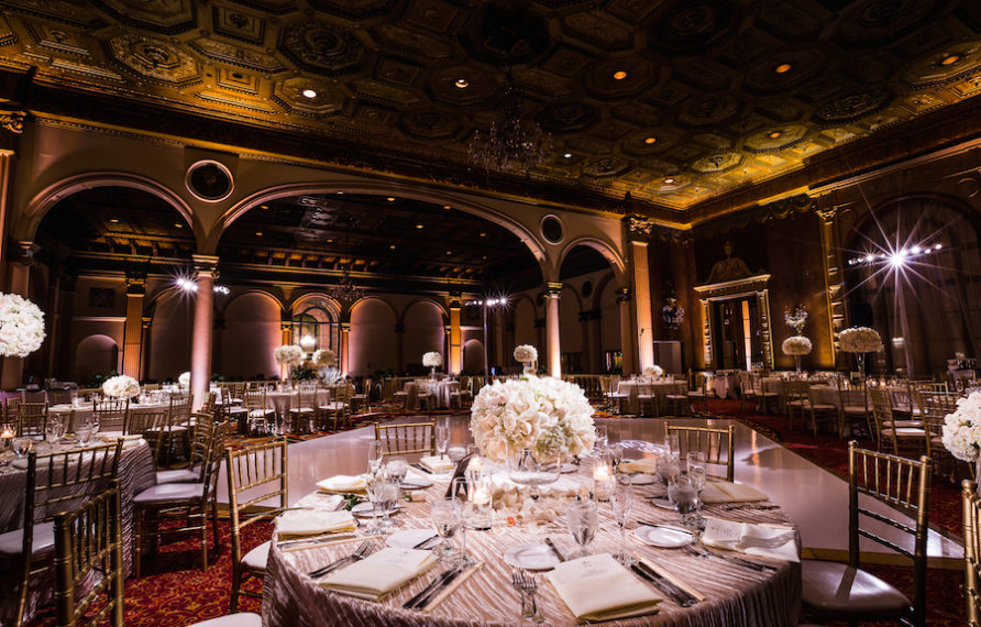 23-millennium-biltmore-wedding-by-chris-of-lin-jirsa_reception-details-low-centerpiece-892x594